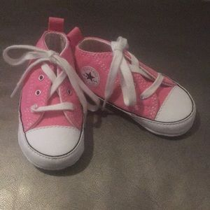 🚨NEW🚨 Pink Chuck Taylor Sneakers( 🚫 BOGO)
